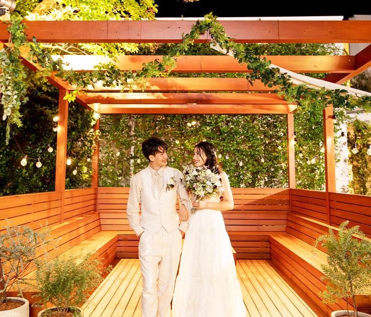 緑豊かなガーデンパーティルーム 写真