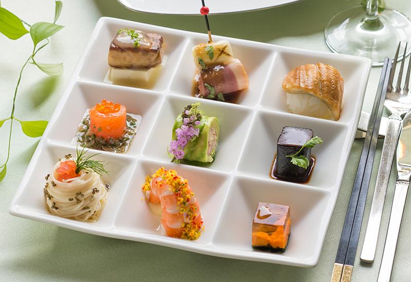 お料理が大好評のスウィートローゼスクラブ岡崎 写真